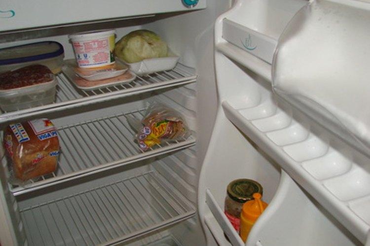 Los refrigeradores con compresores rotos no permanecen fríos.