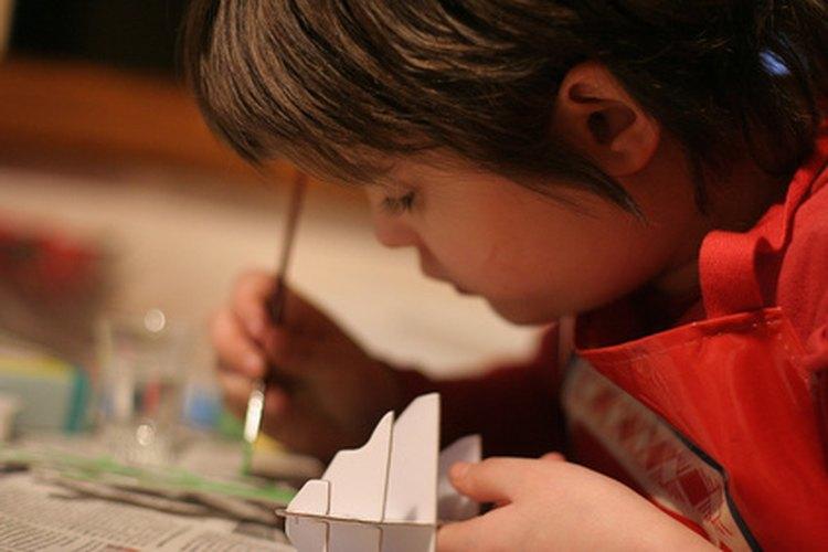 Las actividades de trazado ayudan a mejorar las habilidades de los niños mientras se divierten.