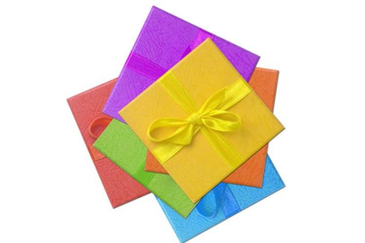 Sorprende a tus padres con un regalo de aniversario significativo.