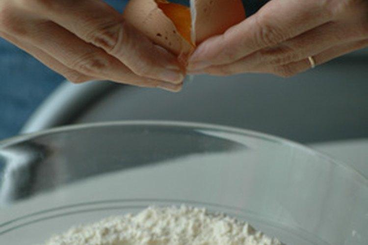 Haz un pastel ligero y esponjoso con este sustituto de harina de repostería.