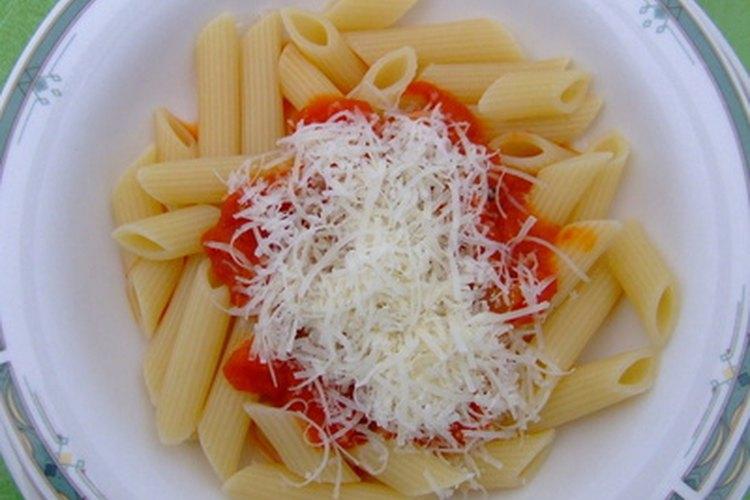 Los quesos duros son mas difíciles de derretir que las variedades blandas.