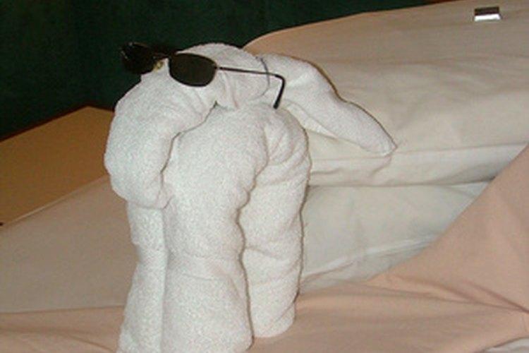 Existe una versión más sencilla del elefante hecho de toallas.
