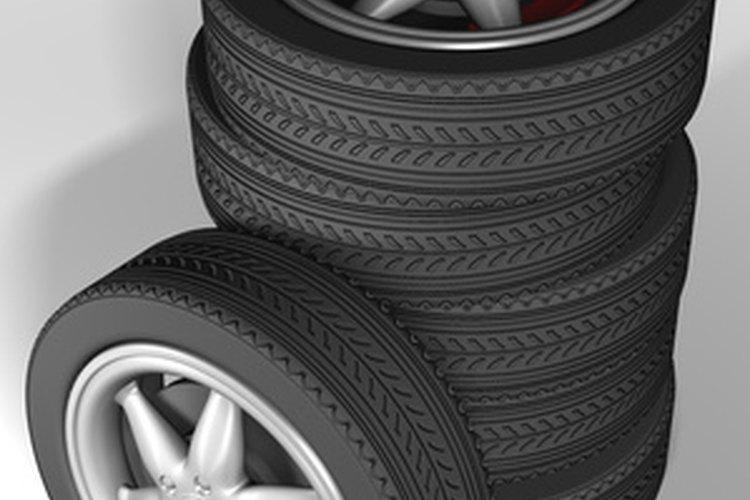 El reencauche de llantas paga por cada neumático.
