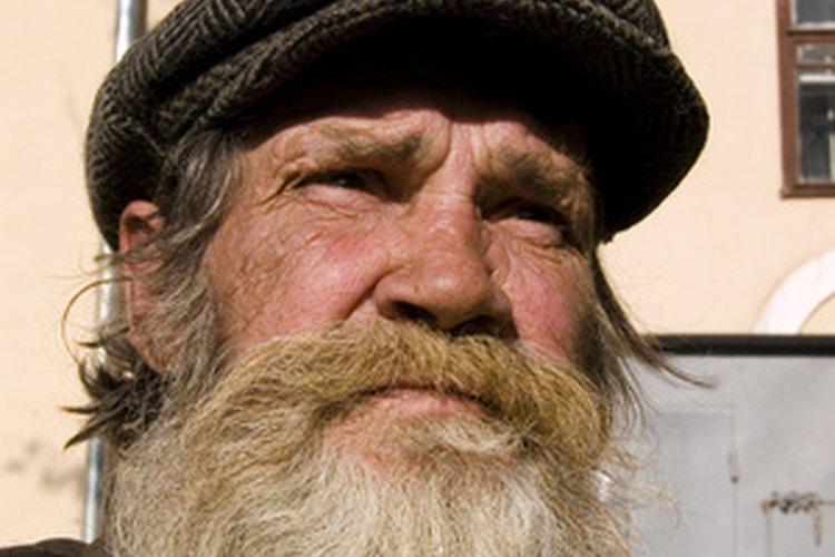 Haz una barba que coincida con cualquier disfraz.