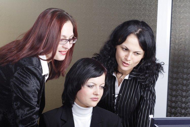Los profesores utilizan estudios de caso como métodos para enseñarles a los estudiantes la psicología.