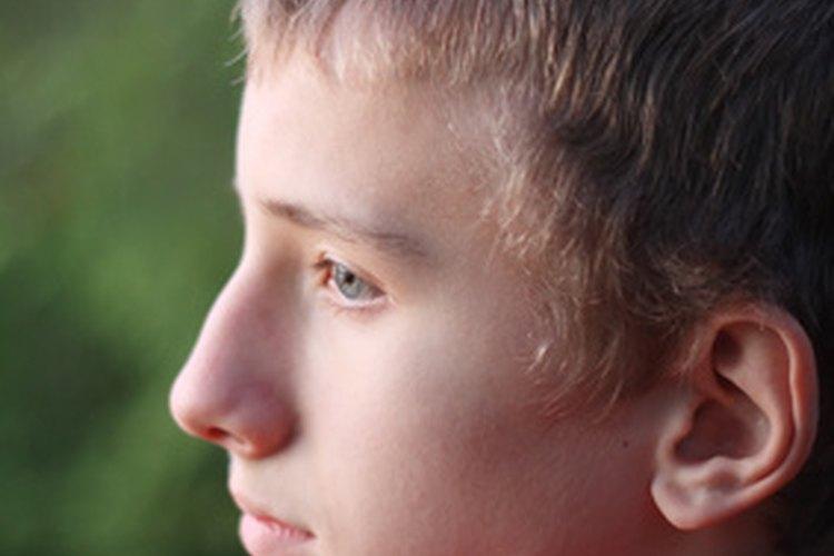 Los varones adolescentes suelen rebelarse contra sus padres.