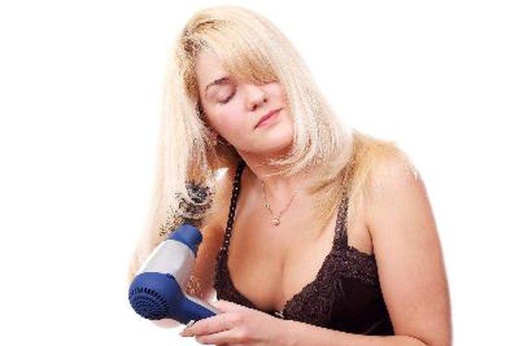 El calor de la secadora puede dañar tu cabello.