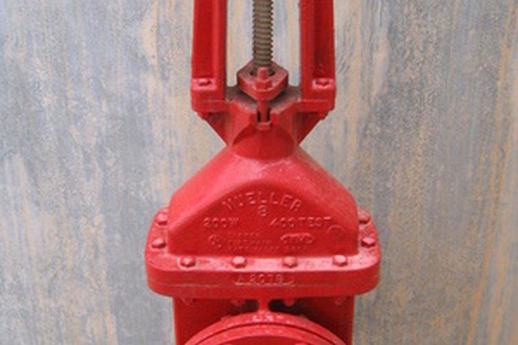 Las uniones con tornillos se planean con factor de seguridad.