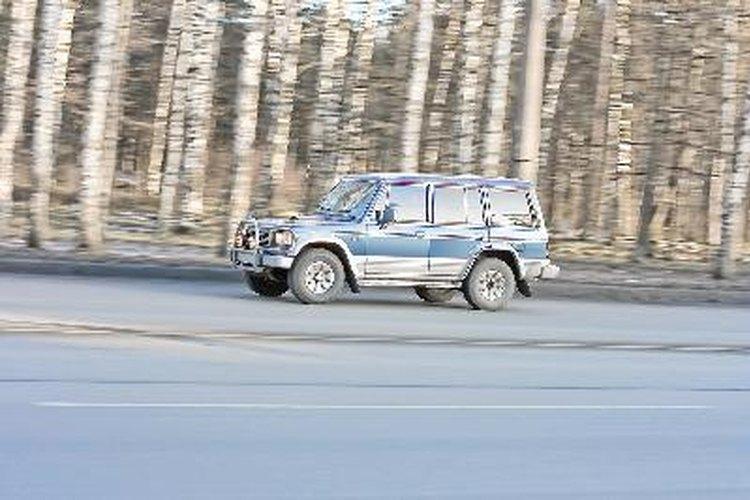 Camioneta cuadrangular muy propensa a volcarse debido a su alto centro de gravedad.