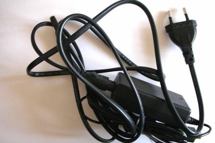 Si conectas adaptadores de CA en serie, aumentarás el voltaje.