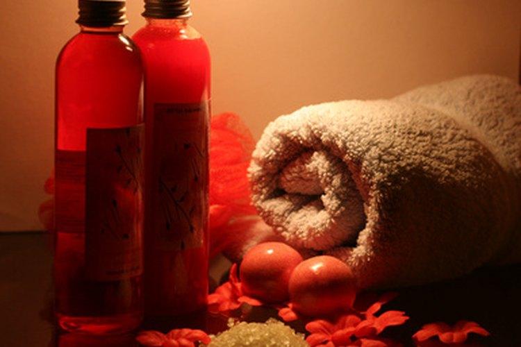 El aceite de castor y el yodo pueden ayudarte a combatir la disminución del cabello.