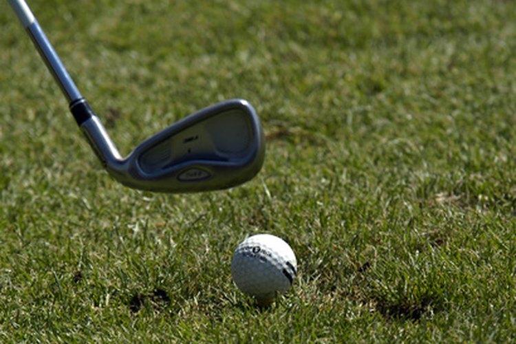 Un club de golf puede ser un sustituto masculino para la joyería.
