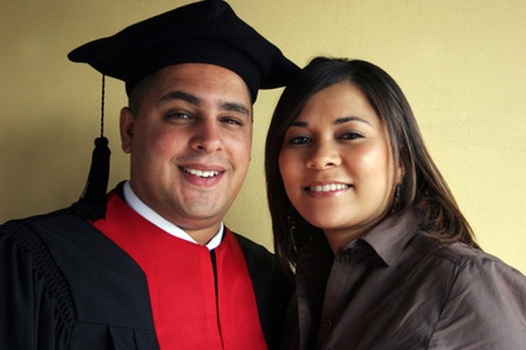 Homenajear a un graduado puede ser un gran evento en la familia.