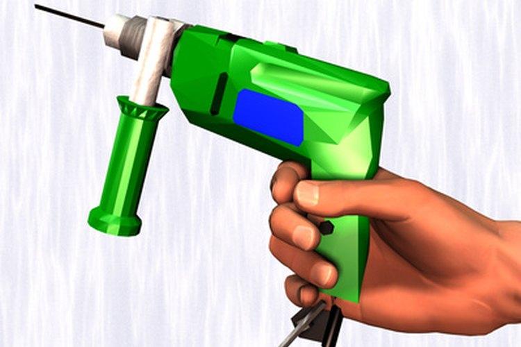 El martillo perforador puede realizar ciertas tareas que un taladro no puede.
