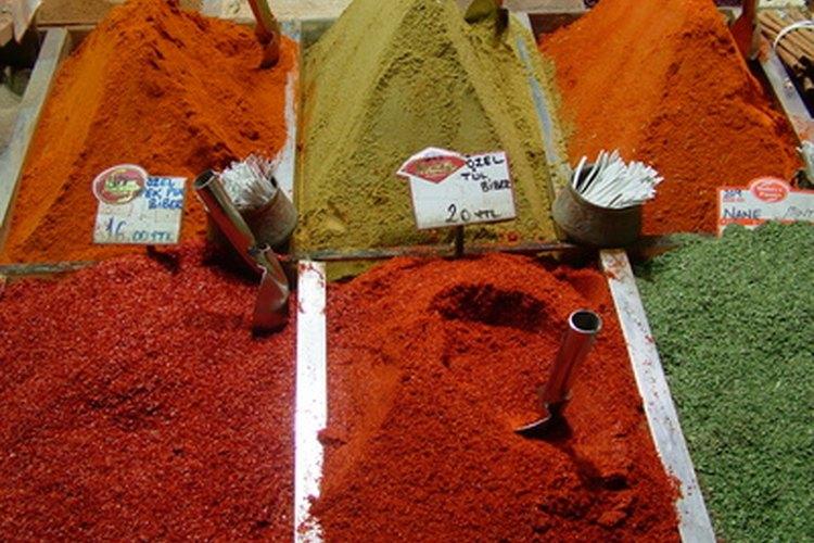 Las tintes de las plantas fueron los primeros colorantes utilizados en el jabón.