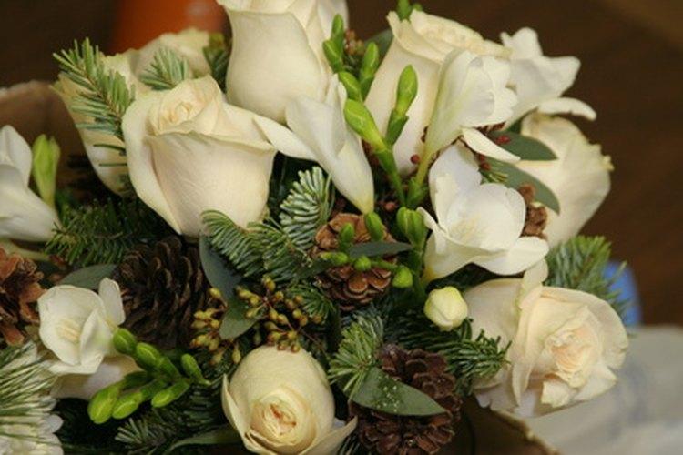 Aprende a hacer arreglos florales en línea.
