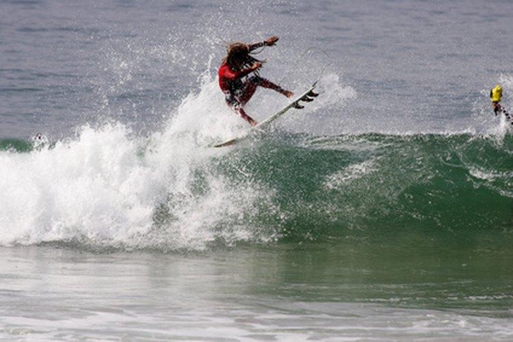 Agarra las mejores olas con la función para mareas del reloj Rip Curl.