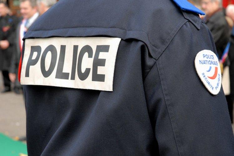 El oficial que responde es responsable de la redacción del informe policial.