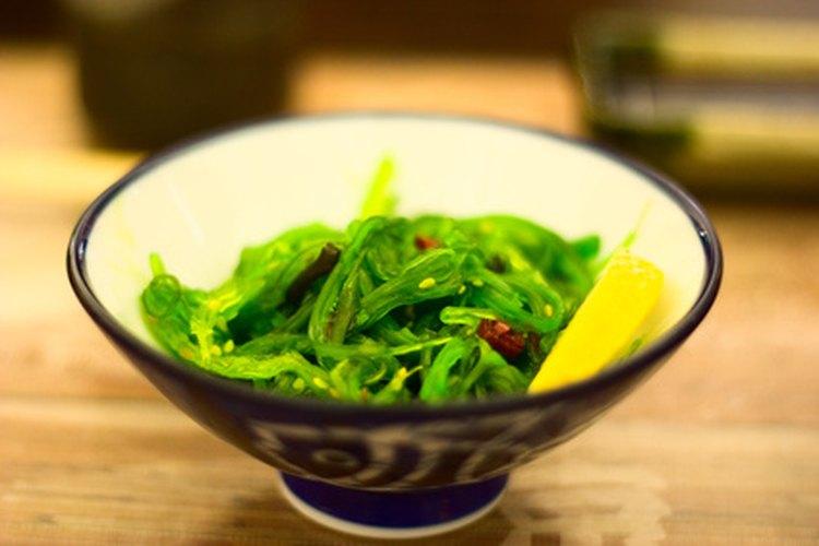 Aprende a hacer miso casero para deliciosas recetas japonesas.