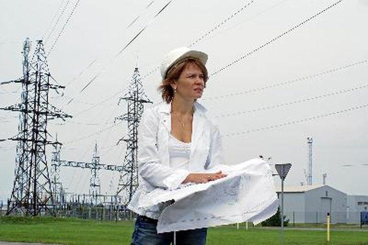 Los ingenieros electricistas son especialistas en el diseño de equipos eléctricos manufacturados.