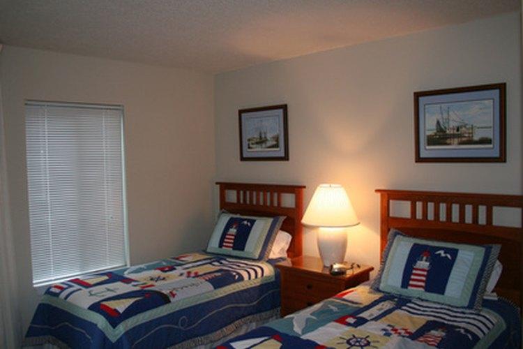 Una cama individual XL ofrece más espacio que una individual estándar.