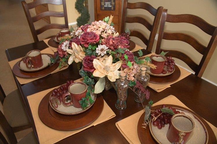 Los conjuntos de vajilla familiar son los platos utilizados con mayor frecuencia en las comidas diarias y cenas informales.