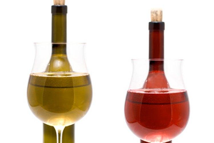Regala una selección de vinos de varias regiones del mundo.