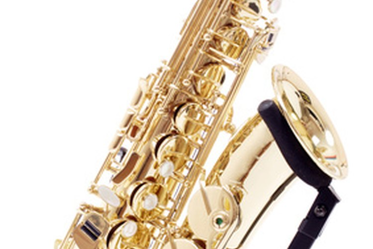 Las bandas lideradas por saxofones y otros instrumentos de viento se volvieron más populares en las décadas de 1930 y 1940.
