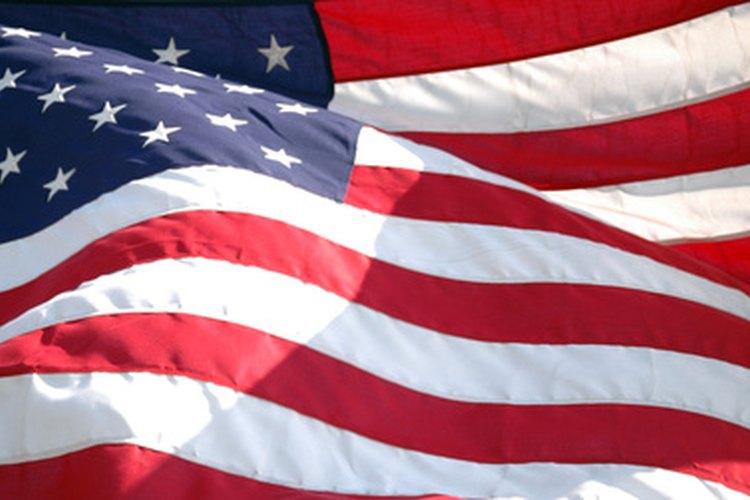 Existen una serie de reglas para ayudar a los ciudadanos a mostrar respeto por la bandera estadounidense.