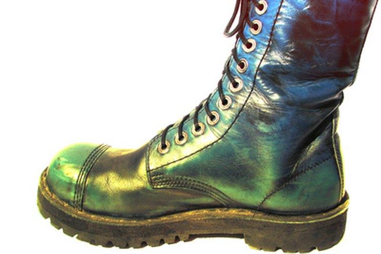 Las puntas de acero de las botas y los zapatos protegen los dedos de los pies, pero a veces necesitan reparación.