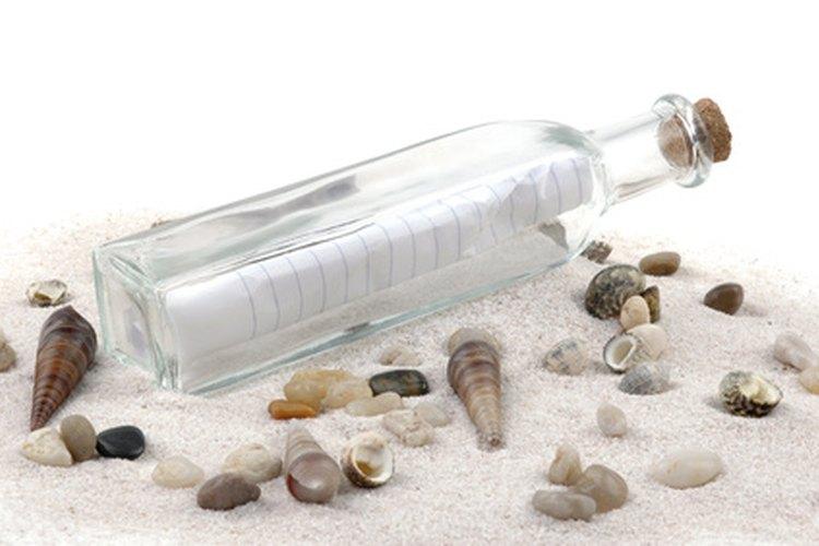 """Dale a tu pareja su propio """"mensaje en una botella""""."""