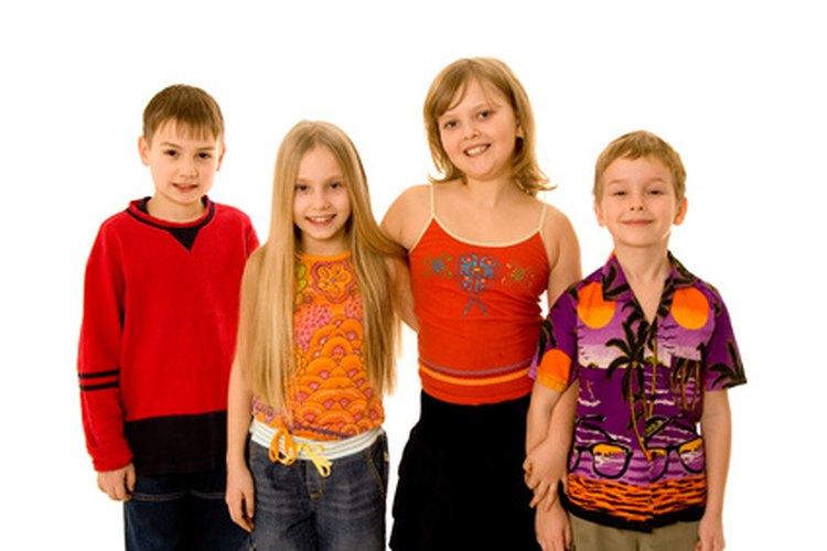Las actividades interpersonales les permite a los niños compartir ideas y habilidades.