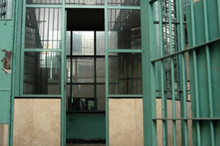 El costo promedio de albergar a un recluso es de US$39.000 al año en Nuevo México.
