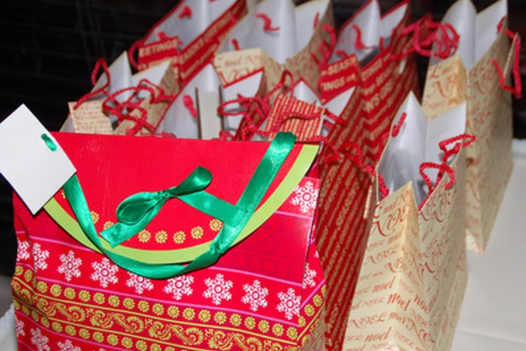 Elige regalos unisex para los intercambios de regalos.