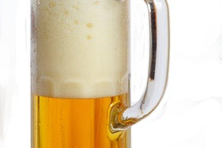 Una fiesta temática sobre Coors Light es ideal para cualquier persona a quien le guste la cerveza.