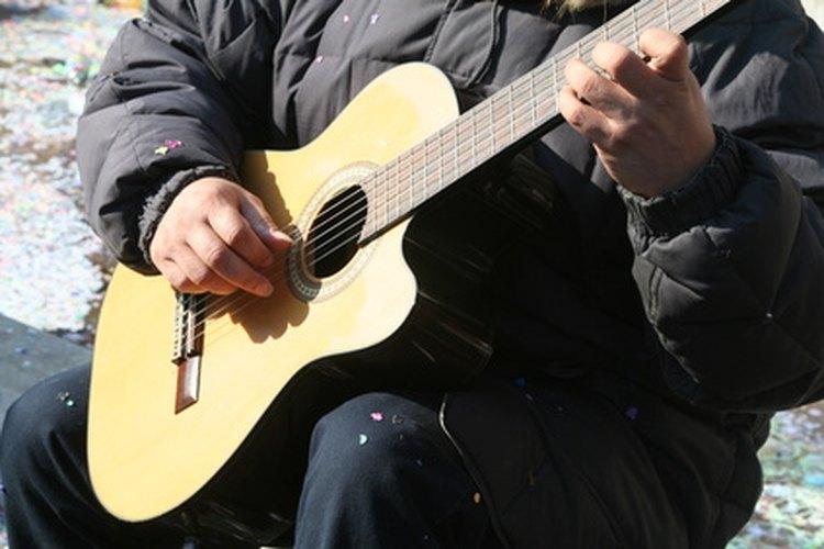 La Gran Depresión forzó a muchos intérpretes de blues a dirigirse hacia el norte en busca de trabajo.