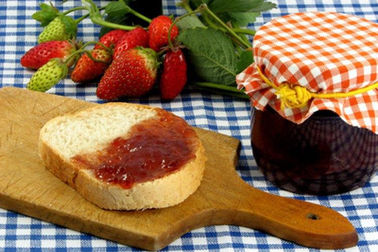 La mermelada para diabéticos se puede preparar sencillamente en casa.