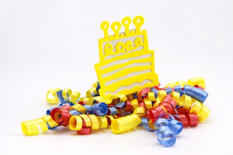 Celebra tu cumpleaños 18 con ideas divertidas y económicas.