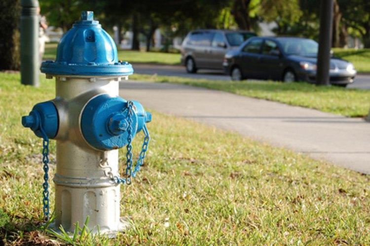 Un hidrante es una pieza de equipo cara y peligrosa.