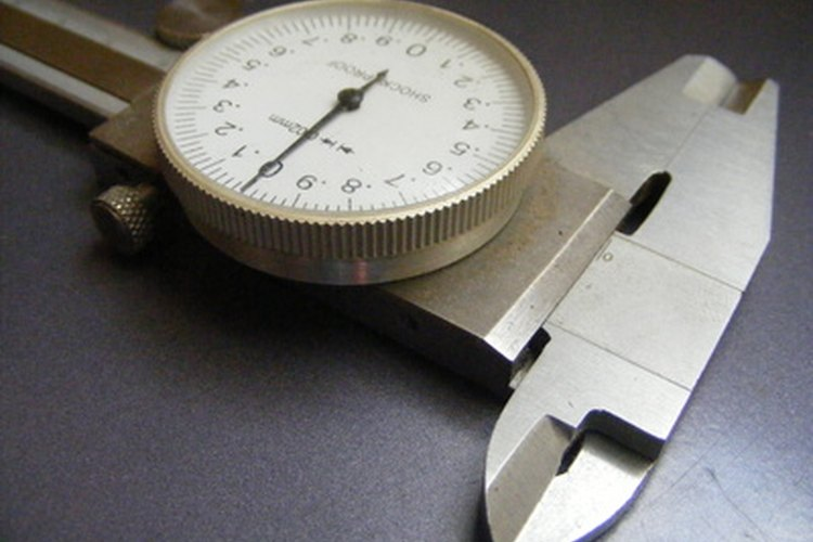 Puedes usar calibradores para tomar medidas de la varilla del pistón.
