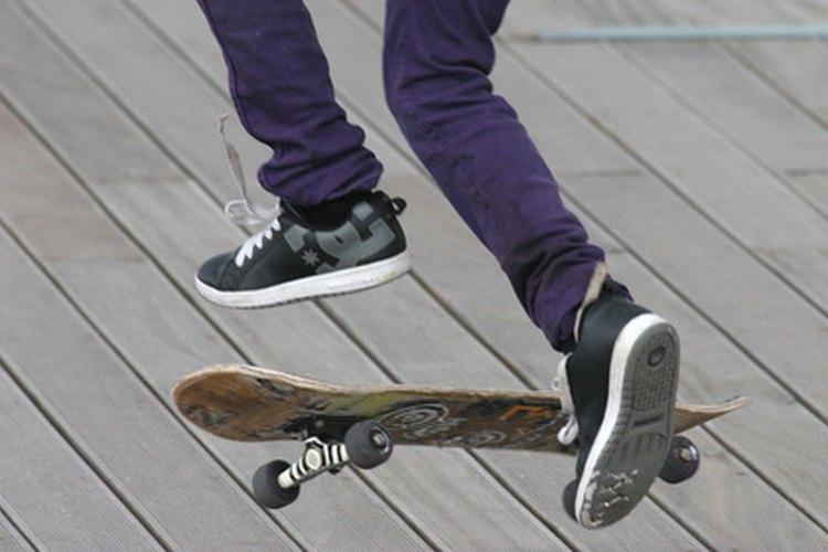 """Completa tu aspecto con el estilo """"skater""""."""