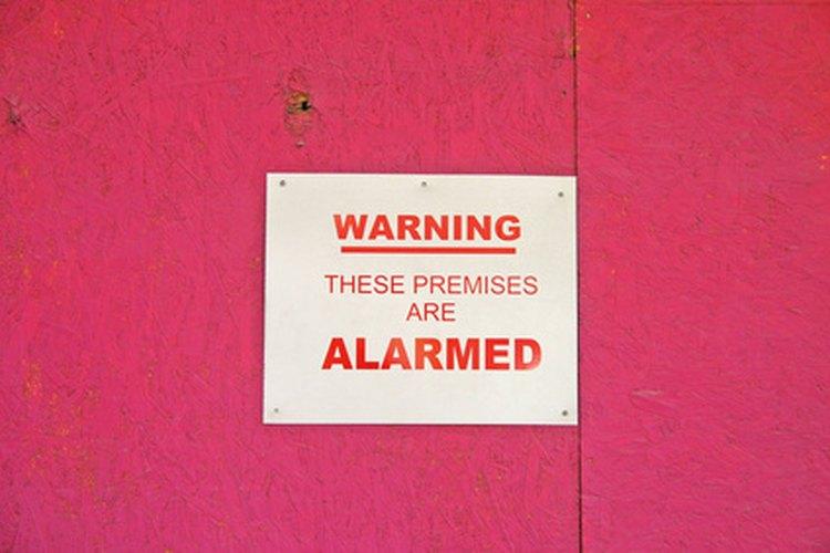 Aprende cómo reparar tu sistema de alarma.