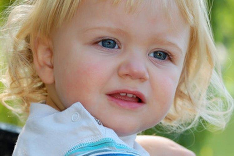 Los niños pequeños se desarrollan rápidamente entre las edades de 1 y 3.
