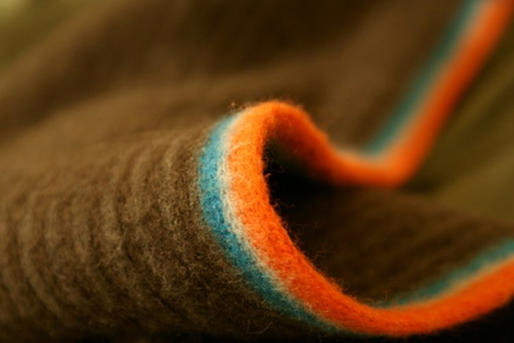 Las bufandas originalmente eran utilizadas en Roma por sanidad, para juntar el sudor de la cabeza de las personas.