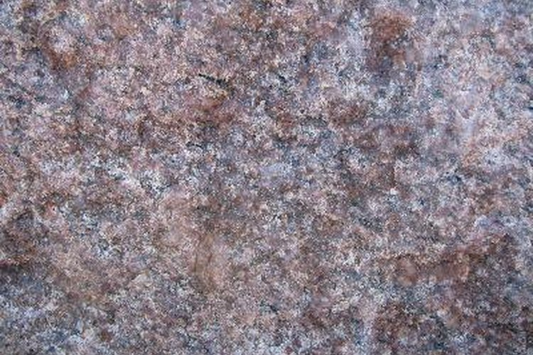 El granito es muy utilizado en cubiertas prefabricadas y en pisos.