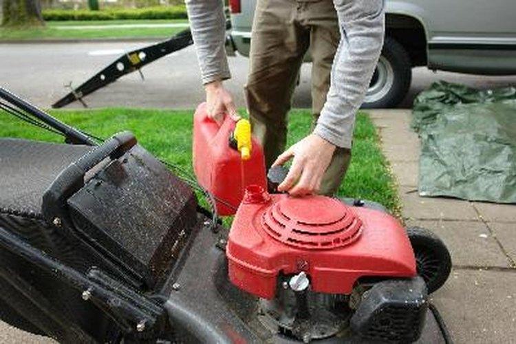 Una falla en las podadoras tiene que ver con el combustible.