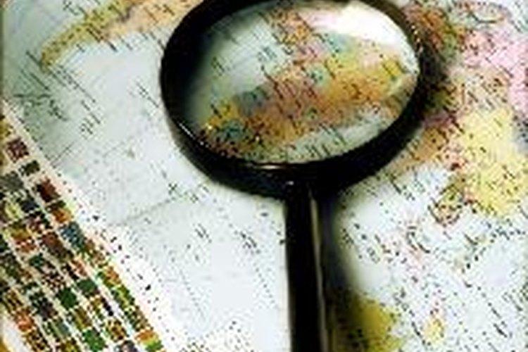 Busca en el mapa características que puedas identificar.