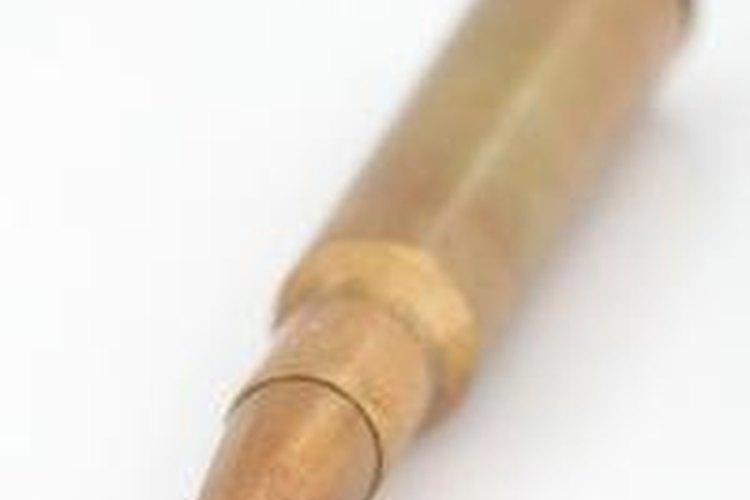 El término de jerga más común para referirse a un casquillo es el cobre.