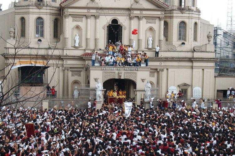 La religión y las supersticiones tienen una gran influencia en los valores y las creencias filipinas.