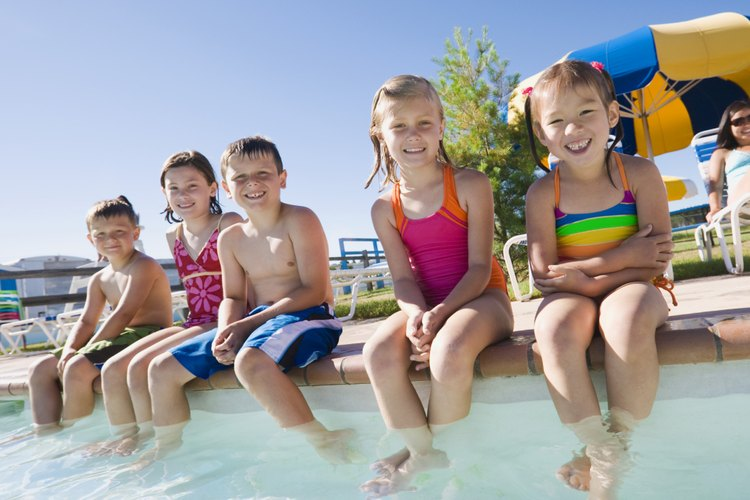 Los niños menores con estrés y los niños que experimentan miedo o un ataque de ansiedad con frecuencia sienten náuseas leves.